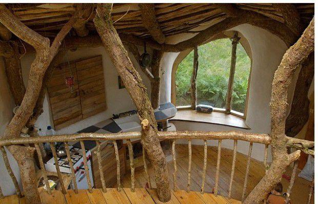 autarkes traumhaus f r 4000 euro familie baut sich eigenes hobbit erdhaus nur positive. Black Bedroom Furniture Sets. Home Design Ideas
