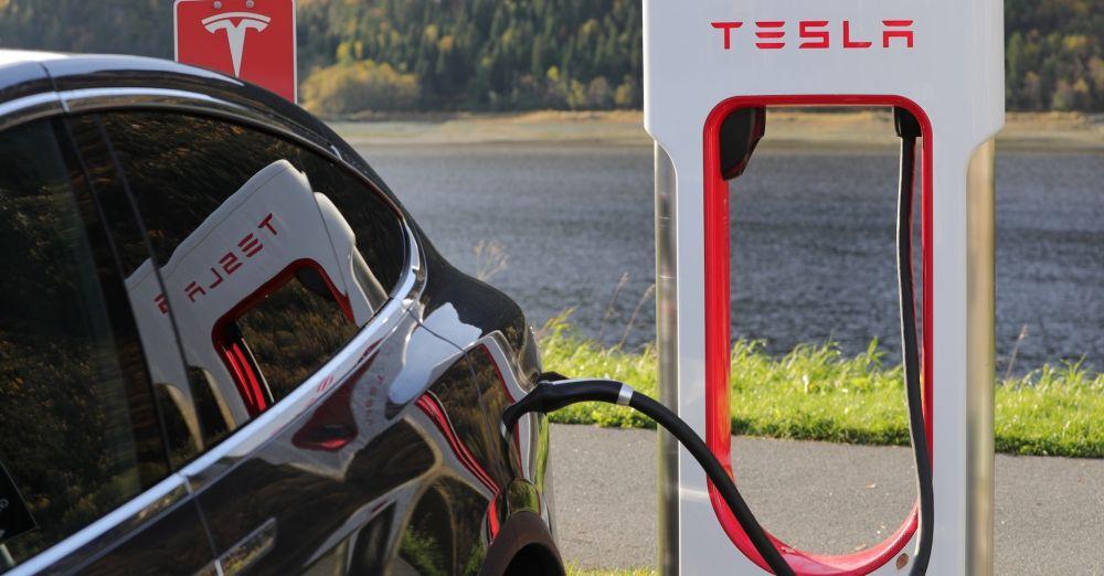Rekord: Mit nur einer Akkuladung fuhr ein Tesla Model S 900 Kilometer