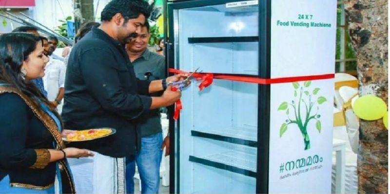 Kühlschrank für Obdachlose in Indien   Quelle: http://www.weshare.org.il/weshare-media-story-193713