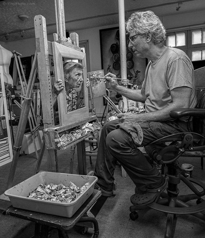 Kunst mit Mutter - jung fühlen | Quelle: http://www.tonyluciani.ca/